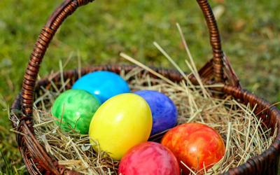French Toast Breakfast & Easter Egg Hunt!